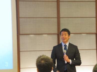青野先生画像.jpg